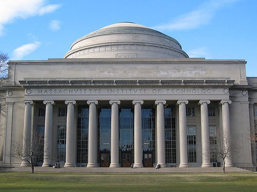 Does MIT offer an online program or any short term courses?