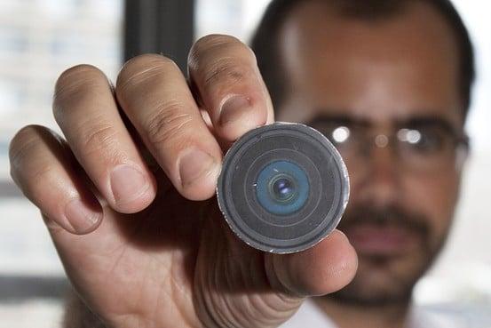 Камера успешно имплантирована в затылок профессора| вафа билал