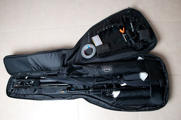 Light Equipment Transport : Use a bass case to cheaply transport lighting equipment