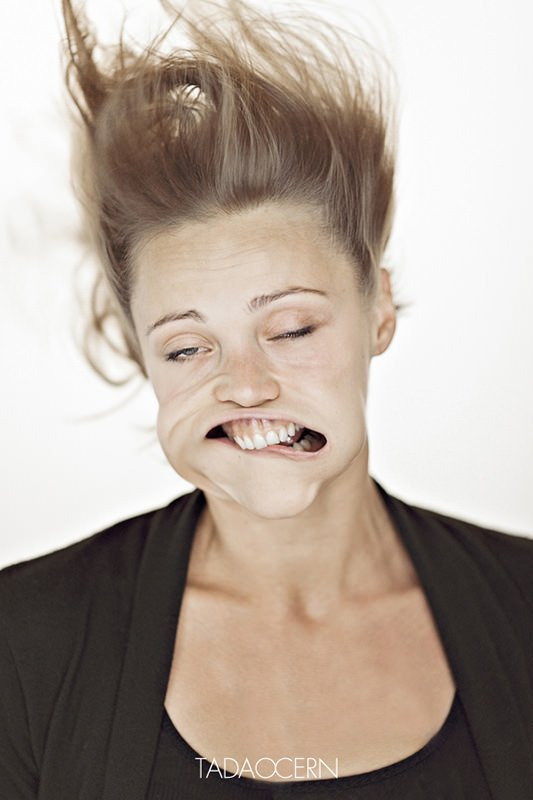 Air Blower Face : Hilarious portraits of faces being blasted by air