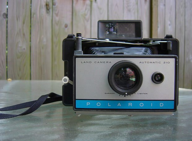 vintage-polaroid-cameras-for-sale-booty