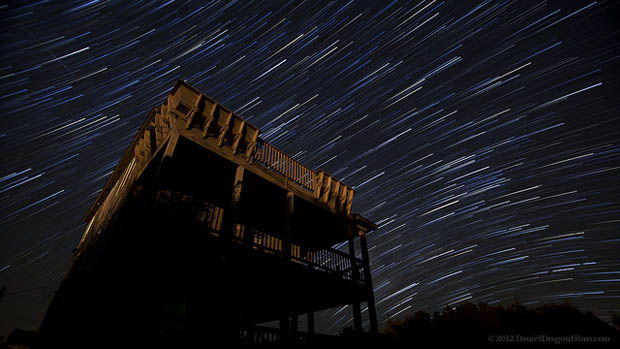 Beautiful Time Lapse of Long Exposure Star Trails Traversing the Night Sky trails2