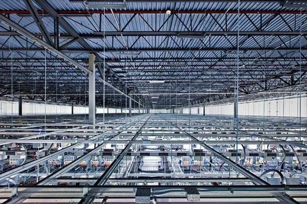 Google Lets Photographer Into Secretive Data Centers, Beautiful Photos Ensue CBF 013