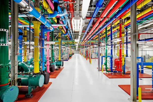 Google Lets Photographer Into Secretive Data Centers, Beautiful Photos Ensue-9764