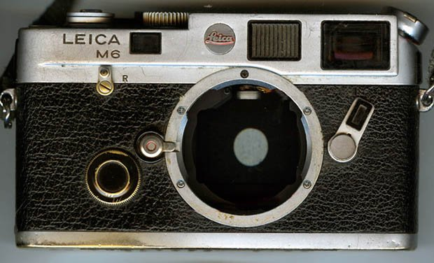 The Marks of a Leica That Has Not Been Used as a Fashion Accessory m6worn