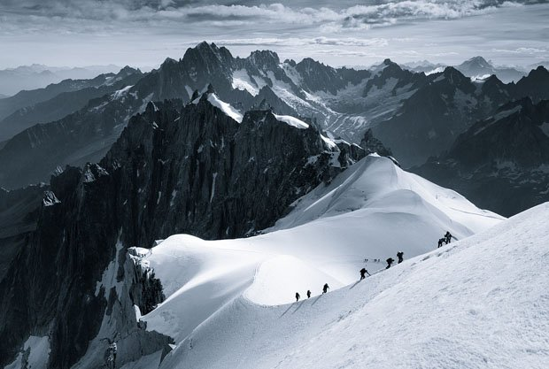 The Scale of Nature: Photos of Humans Dwarfed on Epic Mountainscapes scaleofnature 3
