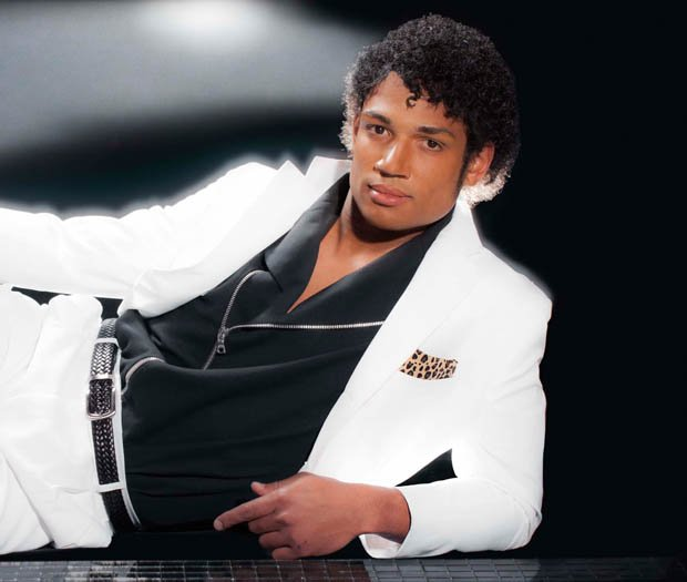 famous album cover photos recreated with famous athletes. Black Bedroom Furniture Sets. Home Design Ideas