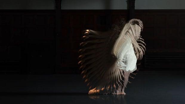Choros: A Hypnotic Short Film Featuring Single Dancer with 32 Visual Echoes choros 2