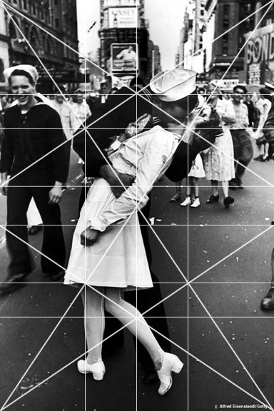 The Great Compositions of Photographer Alfred Eisenstaedt Times Square Kiss