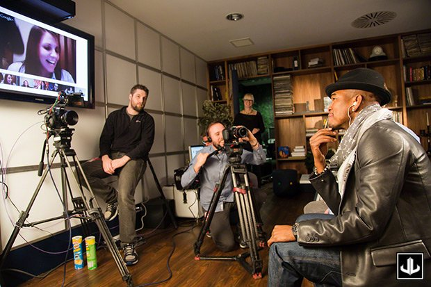 NE-YO in a Google Hangout before a concert in the UK