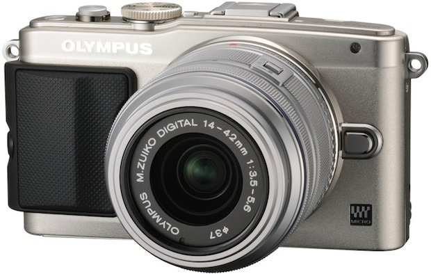 Olympus Mirrorless E-PL6 Kit 14-42mm