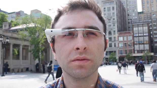 What Photographers Would Look Like if Google Glass Took Over the World header1