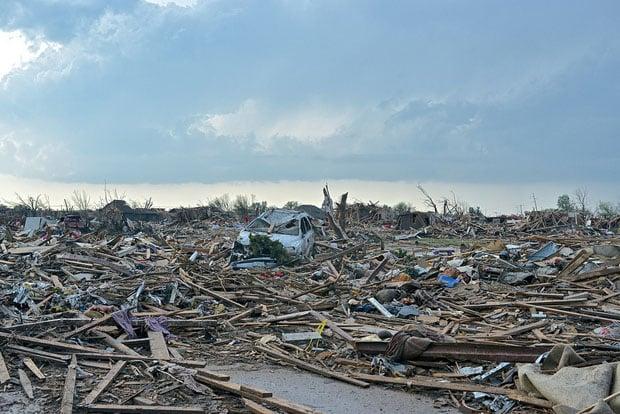 tornadoaftermath-11