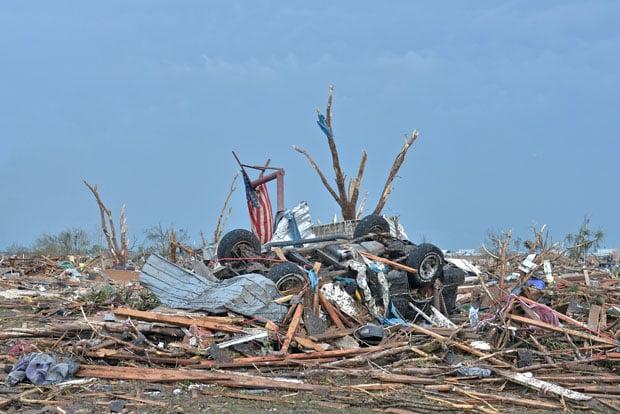 tornadoaftermath-17