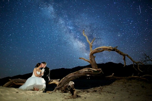 Long Exposure Engagement Photos Shot Under the Starry Night Sky AstroWedding008