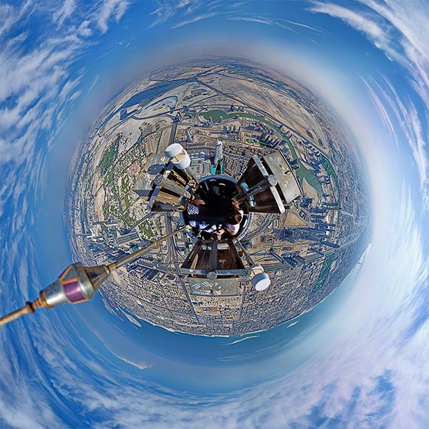 A 'Tiny Planet' Photo Shot from the Top of the World's Tallest Building