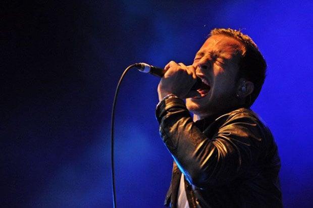A photo of James Morrison I shot at a concert that didn't ban DSLRs