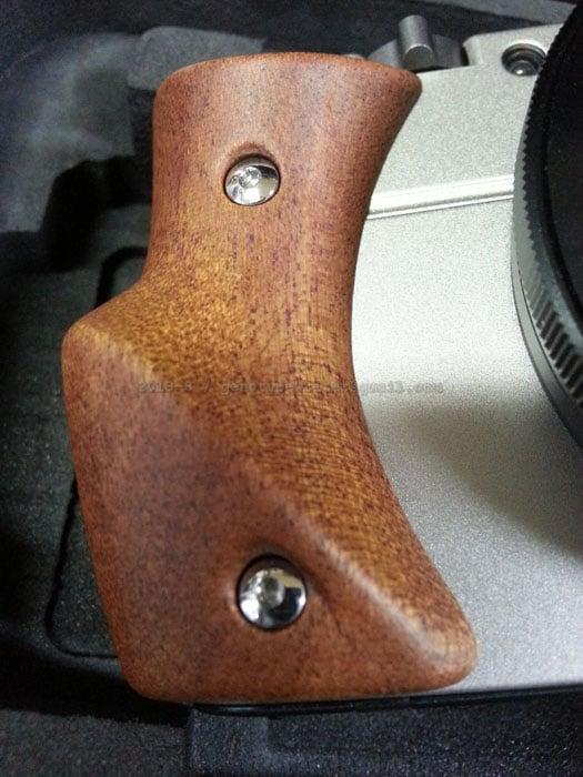 Hasselblad_Stellar_grip_wood