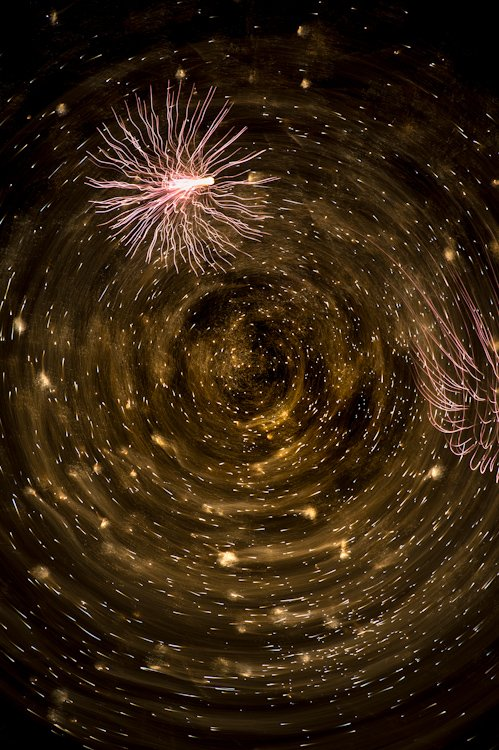 Beautiful Firework Photographs Captured Using Clever Camera Techniques