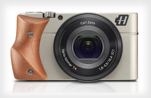 A Review of the Hasselblad Stellar