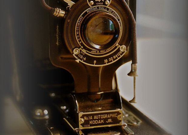 Blast from the Past: Kodak's Autographic Cameras Let You Sign Your Negatives