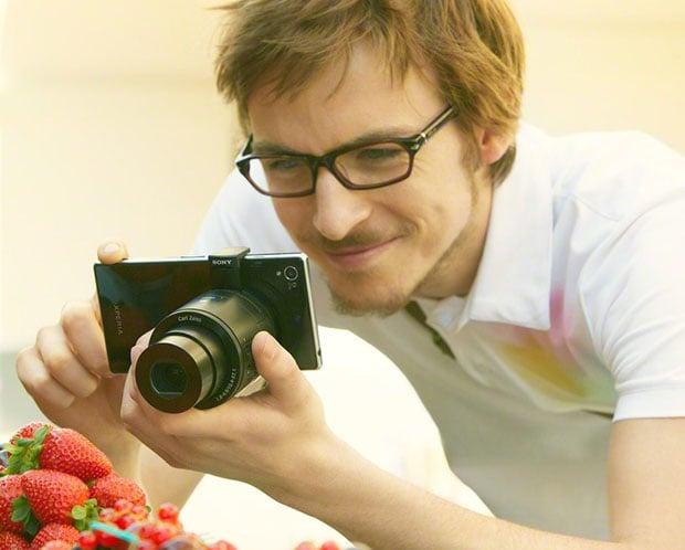 lenscamholding