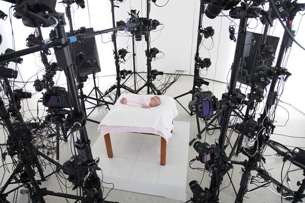 This Crazy Rig of 60 DSLRs Can Turn You Into a 3D Selfie Sculpture