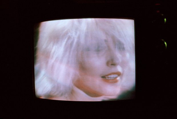 13.  83-24411DebbieHarry on TV 1983