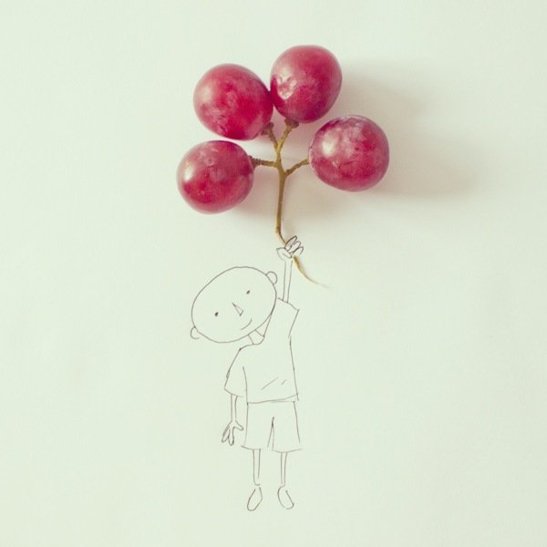 Imaginative Photographs That Mix Ordinary Objects and Simple Sketches