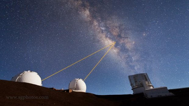 Stunning Time-Lapse of the Mauna Kea Observatories and the Milky Way