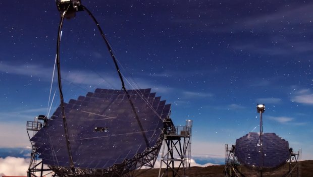 Time-Lapse Captures the Gorgeous Skies Over the Island of La Palma