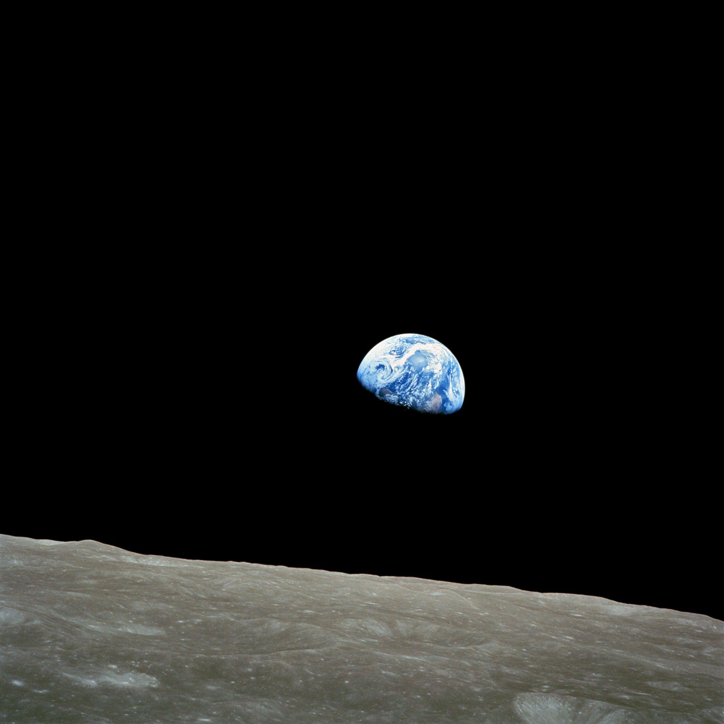 earthrise1