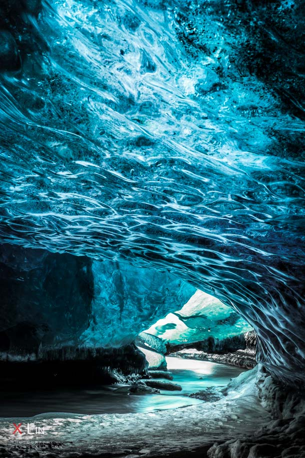 Photographing The Jaw Dropping Crystal Caves Of Iceland
