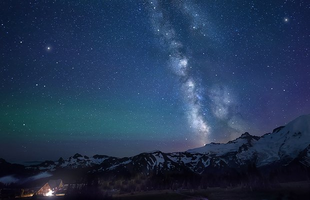 Lost-In-the-Valley-of-Dreams---Mount-Rainer,-WA