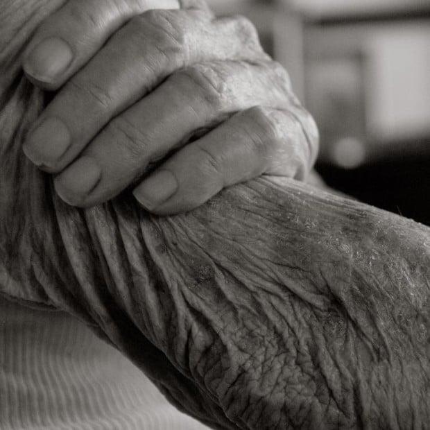 Surprisingly Emotive Photographs Capture 100-Year-Old Human Bodies Up Close