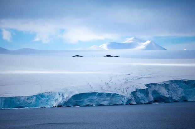 Gaston_Lacombe_Antarctica_0006