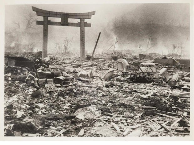an analysis of the atomic bomb dropped on hiroshima and nagasaki Three days later, they dropped another atomic bomb, this time on nagasaki on august 6, 1945, the united states dropped the atomic bomb known as little boy on hiroshima, japan search the site go.