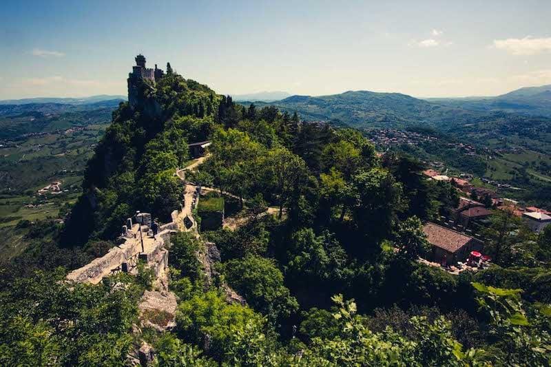 Rokinon 12mm f/2.0 NCS CS -- San Marino