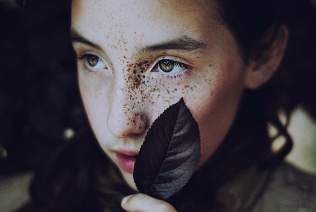 Get Lost in These Captivating Natural Light Portraits by Cristina Hoch