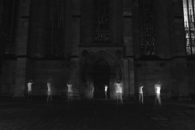 lightpainting-ghost02