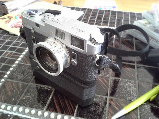 Photographer Creates a Digital Back for His Leica M4 Using a Canon Rebel Sensor