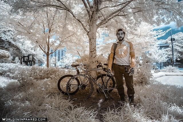 WorldInInfrared_nick's secret smoke break-960