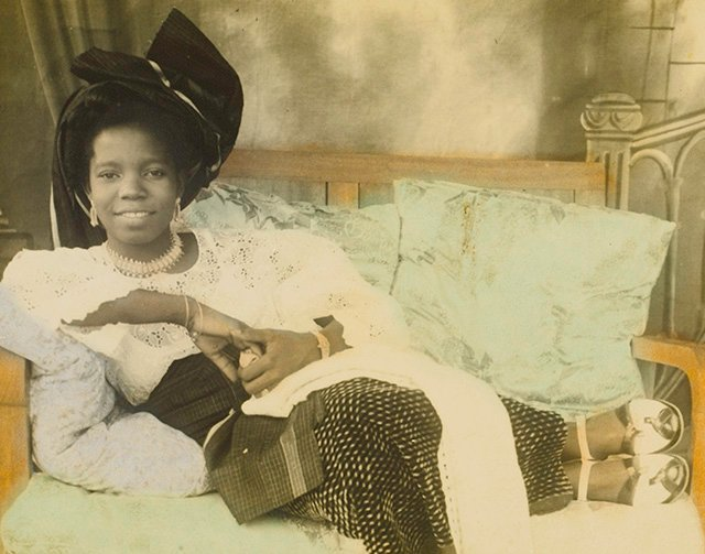 Rare Portraits of the Nigerian Royal Court from the Mid-1900s