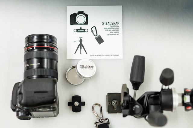 Steadsnap Attachment Lets You Simultaneously Use a Shoulder Strap and Tripod Mount