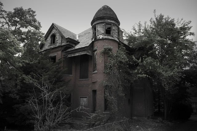 """You know the TV show """"American Horror Story?"""" This house, the Bailey House in Hartford, Connecticut, is what inspired that show."""