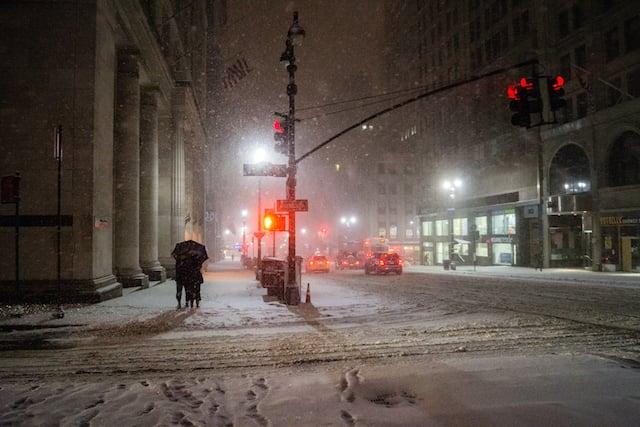 new york winter night - midtown in the snow (2)