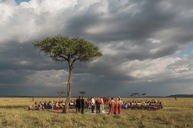 031-masai-mara-wedding-by-jonas-peterson-(pp_w1600_h1066)