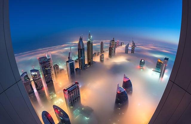 Landing On Planet Dubai 1024px