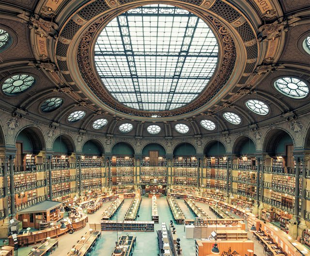 Photographer on a Mission to Document the Great Libraries of the World