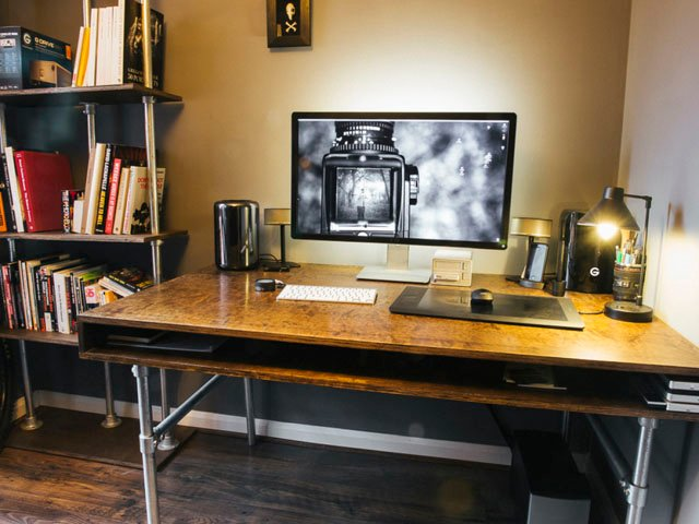 How I Built a Custom Desk and Wire-Free Workspace for My Photo Editing